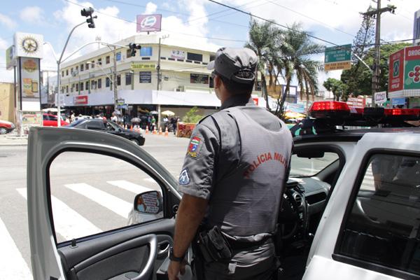 Policiamento no Alecrim terá quatro viaturas a partir da segunda