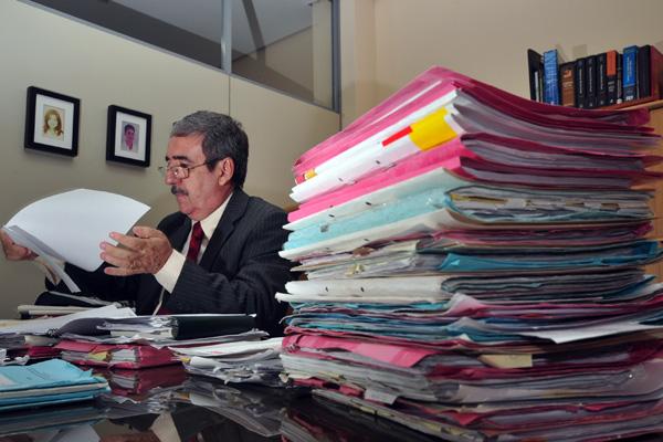 O juiz Henrique Baltazar não acredita que o mutirão possa resolver a superlotação das unidades