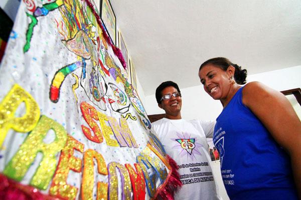Marlene Silva de Freitas e Maria Goretti estão juntas há 18 anos e já registraram união estável em cartório
