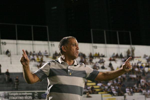 O técnico Celso Teixeira mudou o Potiguar nesse segundo turno