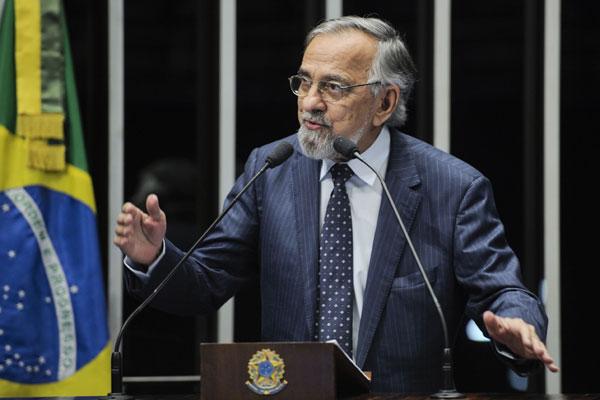 Autor do projeto que deu origem à lei, senador João Capiberibe considera razoável prazo dado às cidades para modernização