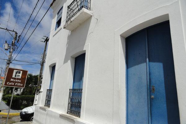 Com reforma emperrada desde 2009, Museu Café Filho tem sido alvo de furtos e arrombamentos