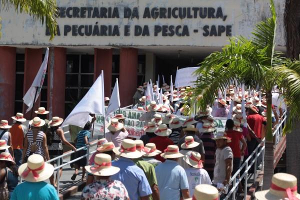 9ª Jornada de Luta da Agricultura Familiar teve protesto em frente à Secretaria Estadual de Agricultura