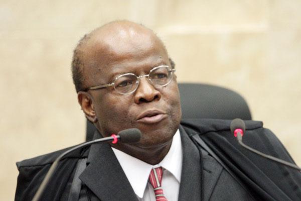 Joaquim Barbosa rejeita agravo dos representantes legais dos servidores da Fundação José Augusto