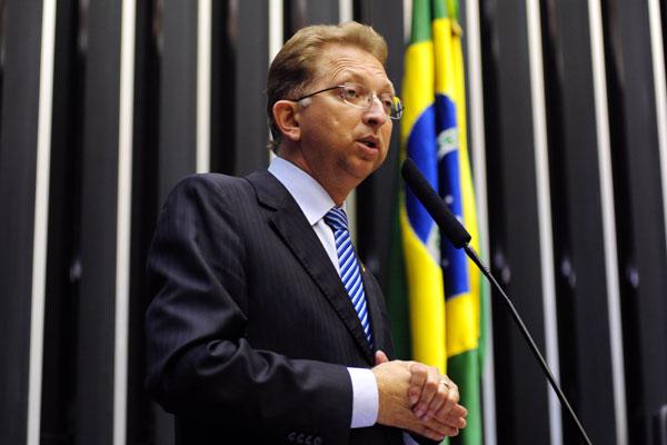 João Gomes, da Frente Parlamentar Evangélica, promete acionar o Supremo para revogar medida