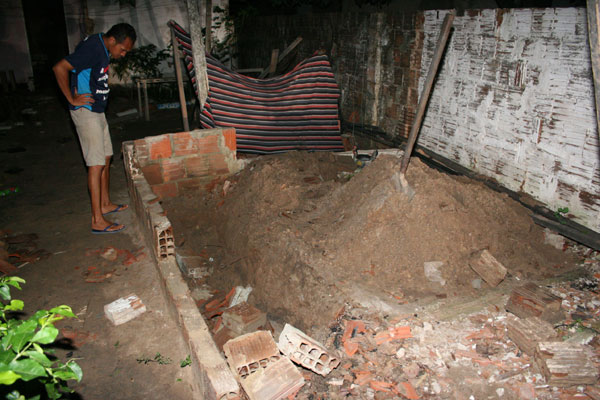 Local onde a Polícia Civil encontrou o corpo de Edilma Dantas, no loteamento Jardim Progresso