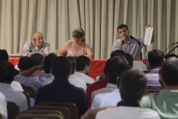 Presidente Alex Padang apresentou a proposta aos conselheiros