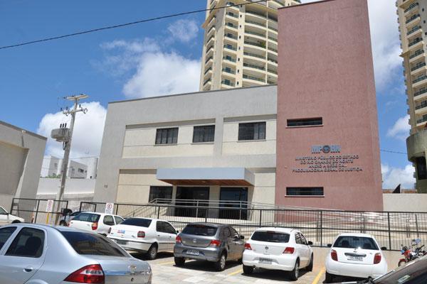 Ministério Público Estadual paga a Parcela Autônoma de equivalência a promotores e procuradores