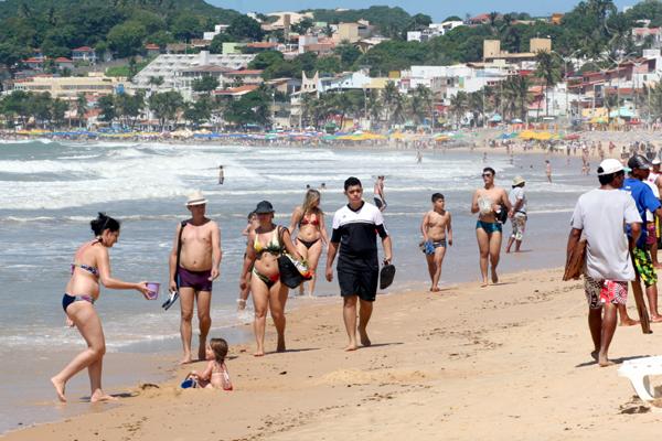 Expectativa do MTur é que Brasil receba aproximadamente 300 mil turistas estrangeiros