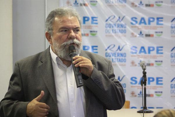 Betinho Rosado fará a opção entre três legendas partidárias que estão na base aliada