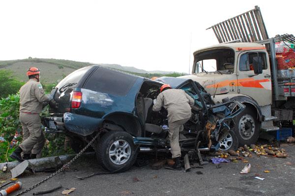 Caminhões estão envolvidos com a maioria dos acidentes graves registrados em rodovias nacionais