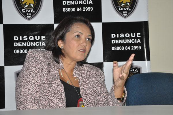 Delegada Sheila Freitas detalhou operação de resgate do empresário, que estava em cativeiro em fazenda na cidade de Canindé, CE