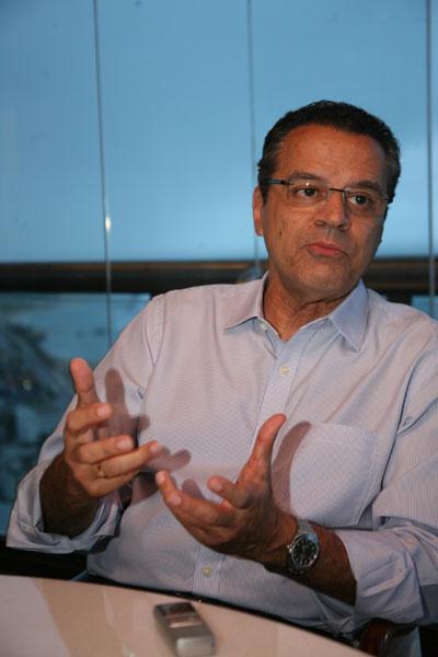 Henrique Eduardo Alves: As manifestações foram pacíficas e democráticas. Eventualmente, minorias que não representam o povo praticaram desordens