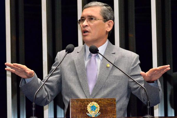 Senador Paulo Davim, do PV potiguar, considera a nova lei contra a corrupção um avanço