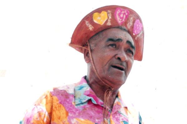 Sérvulo Teixeira de Moura, mestre brincante do grupo folclórico Bambelô da Alegria
