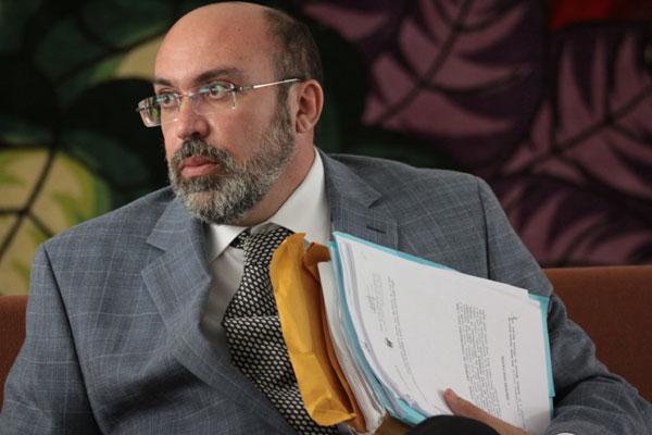 Procurador-geral do Estado, Miguel Josino, segue internado no Hospital do Coração