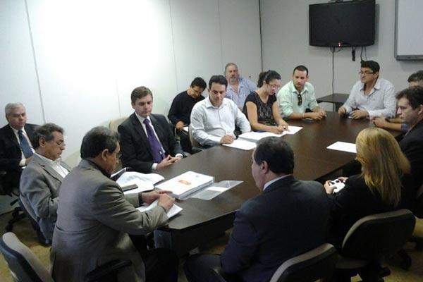 Reunião contou com representantes do Governo do Estado e da Polícia Civil