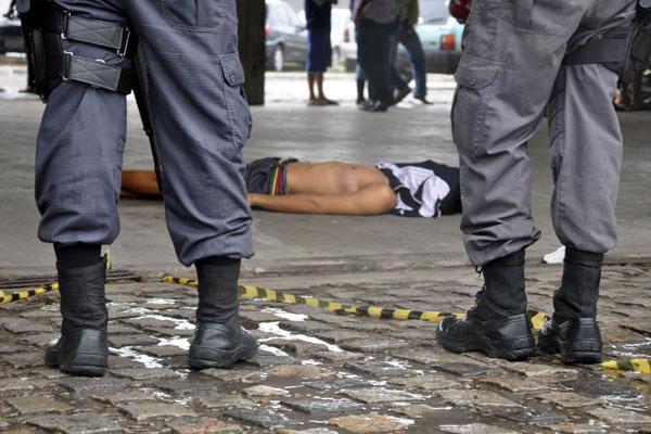 O levantamento também mostra que 62% da população tem medo da Polícia Militar