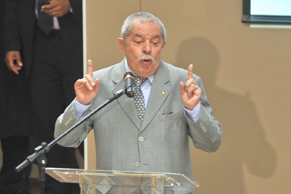 Lula garante que planos para o futuro não incluem candidatura à Presidência em 2014 e reafirma apoio à reeleição de Dilma