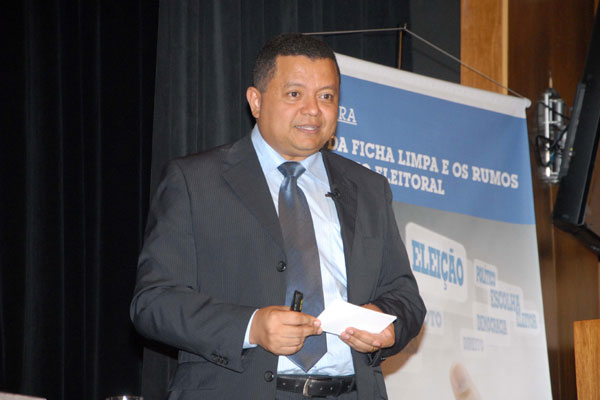 Juiz coordena o Movimento de Combate à Corrupção eleitoral