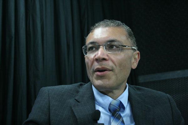 Albert Dickson participa de reunião sobre o trâmite do projeto