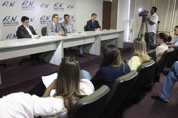 Obery Rodrigues, Anselmo Carvalho e José Marcelo concedem entrevista coletiva sobre os ajustes no orçamento do Estado