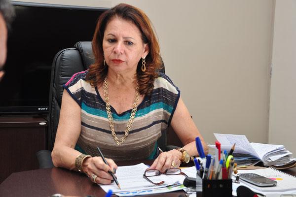 Betânia Ramalho: Seec trabalha para organizar grade curricular