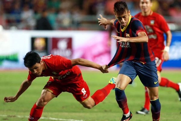 Neymar mostrou um bom desempenho e recebeu elogios