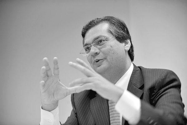O presidente da Embratur, Flávio Dino, analisa o mercado de turismo e a perspectiva de crescimento com a Copa do Mundo em 2014