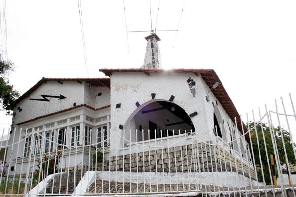 De arquitetura arrojada, casarão da Rodrigues Alves foi a primeira sede para radioamadores construída no Brasil