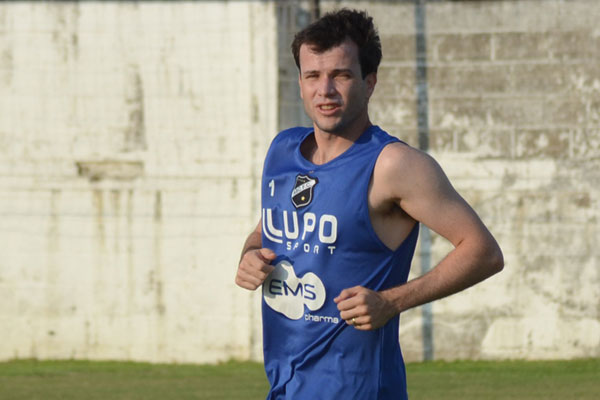 O volante Daniel Paulista vai fazer sua estreia como titular do ABC