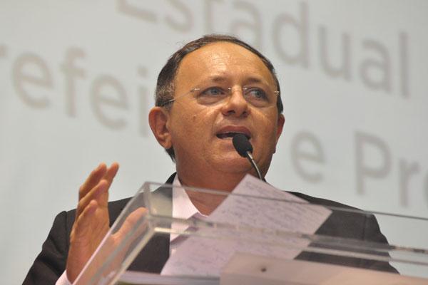 Benes Leocádio afirma que a queda de arrecadação de setembro anula a ajuda extra