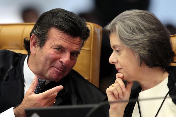 Luiz Fux argumenta que o Governo do Estado teria que respeitar a lei federal a conversão