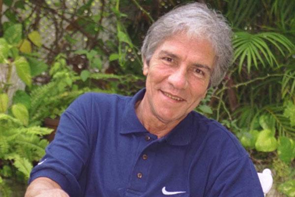 Cláudio Cavalcanti morreu ontem (29), no hospital onde estava internado, no RJ