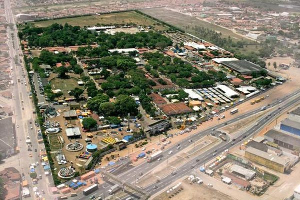 Parque Aristófanes Fernandes e entorno podem ser utilizados para abrigar Carnatal