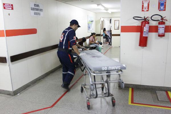 Na tarde de ontem, média de permanência das ambulâncias no HWG foi de 30 minutos