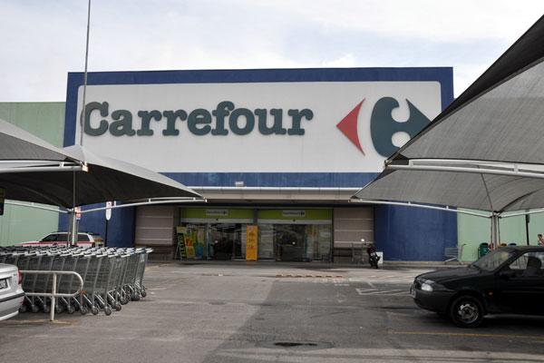 Carrefour deverá comprovar o cumprimento da sentença judicial que inclui pelo menos 14 obrigações, no prazo de 30 dias