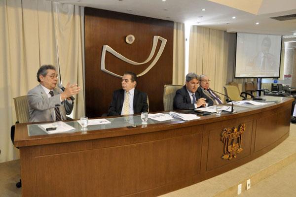 Secretário Obery Rodrigues participa de sessão da Comissão de Fiscalização e Finanças da Assembleia Legislativa