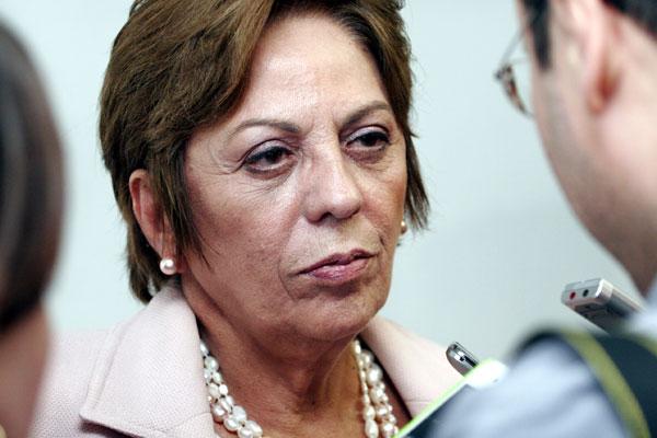 Governadora garantiu que 13º salário será pago ainda em 2013