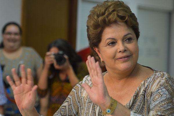 Dilma frisou que a medida permitiria a expansão expressiva do número de cidades, o que aumentaria estrutura administrativa