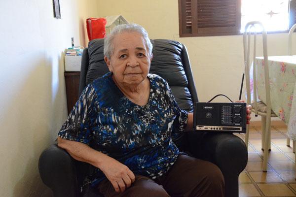 Jacira comemora 90 anos na casa em que mora, em Candelária