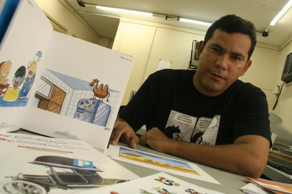 Antônio Amâncio foi chargista da Tribuna do Norte entre 2009 e 2012