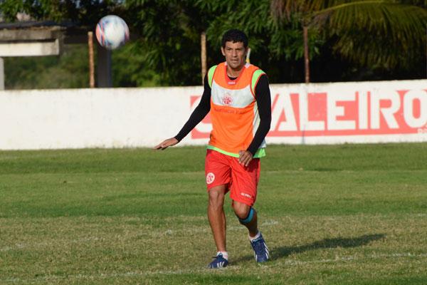 Edson Rocha voltou a ser relacionado no América
