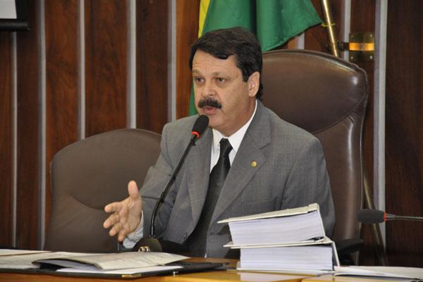 Ricardo Motta explica o trâmite do pedido de abertura do processo de impeachment