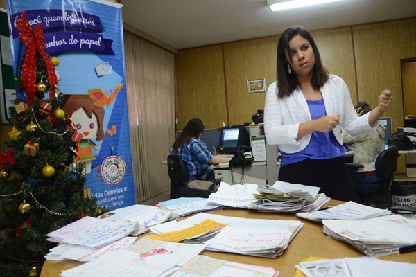 Halinna Dantas coordena o projeto nos Correios do RN