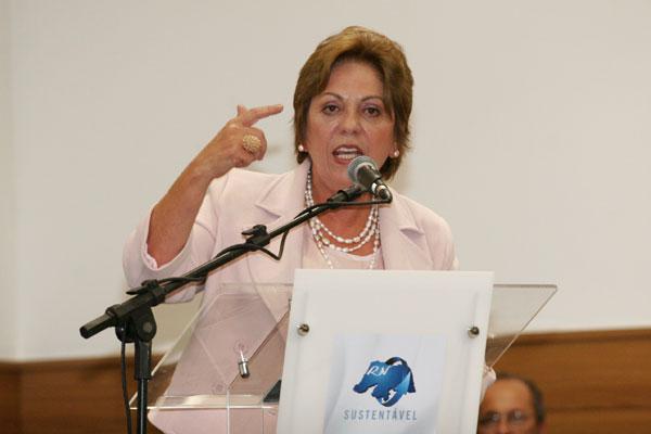 Rosalba Ciarlini explica que a frustração no crescimento das receitas é o motivo do fracionamento