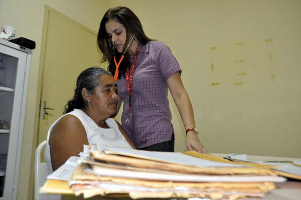 Programa do Governo para ampliar as ações básicas de saúde nas áreas mais carentes do Brasil já contratou mais de 3,6 mil médicos