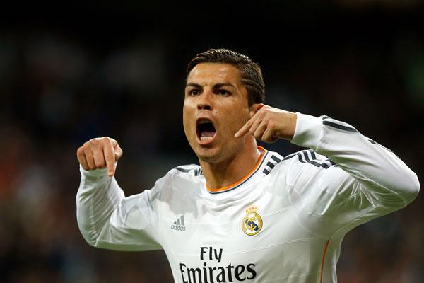 Além de ser o jogador mais bem pago, português Cristiano Ronaldo, do Real Madrid chega à Copa do Mundo no Brasil como o melhor do mundo