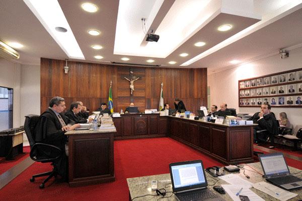 Juízes do Tribunal Regional Eleitoral analisam o primeiro recurso da prefeita de Mossoró