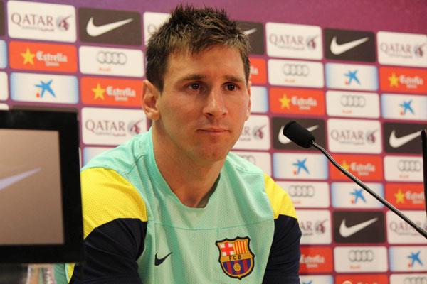 Lionel Messi, que faz tratamento após contusão teve que dar explicações em depoimento oficial